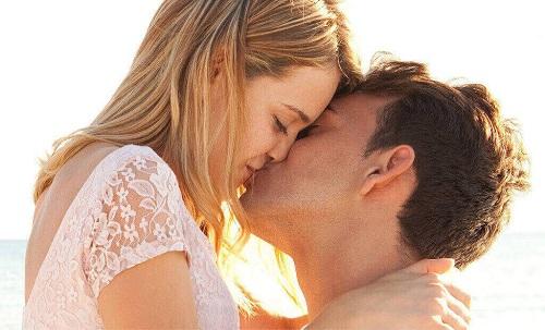 Hôn nhau có bị lây bệnh giang mai không?